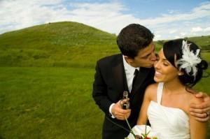 S&S Wedding kiss