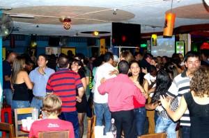 SAM_7289-salsa dancing at tin tin deo